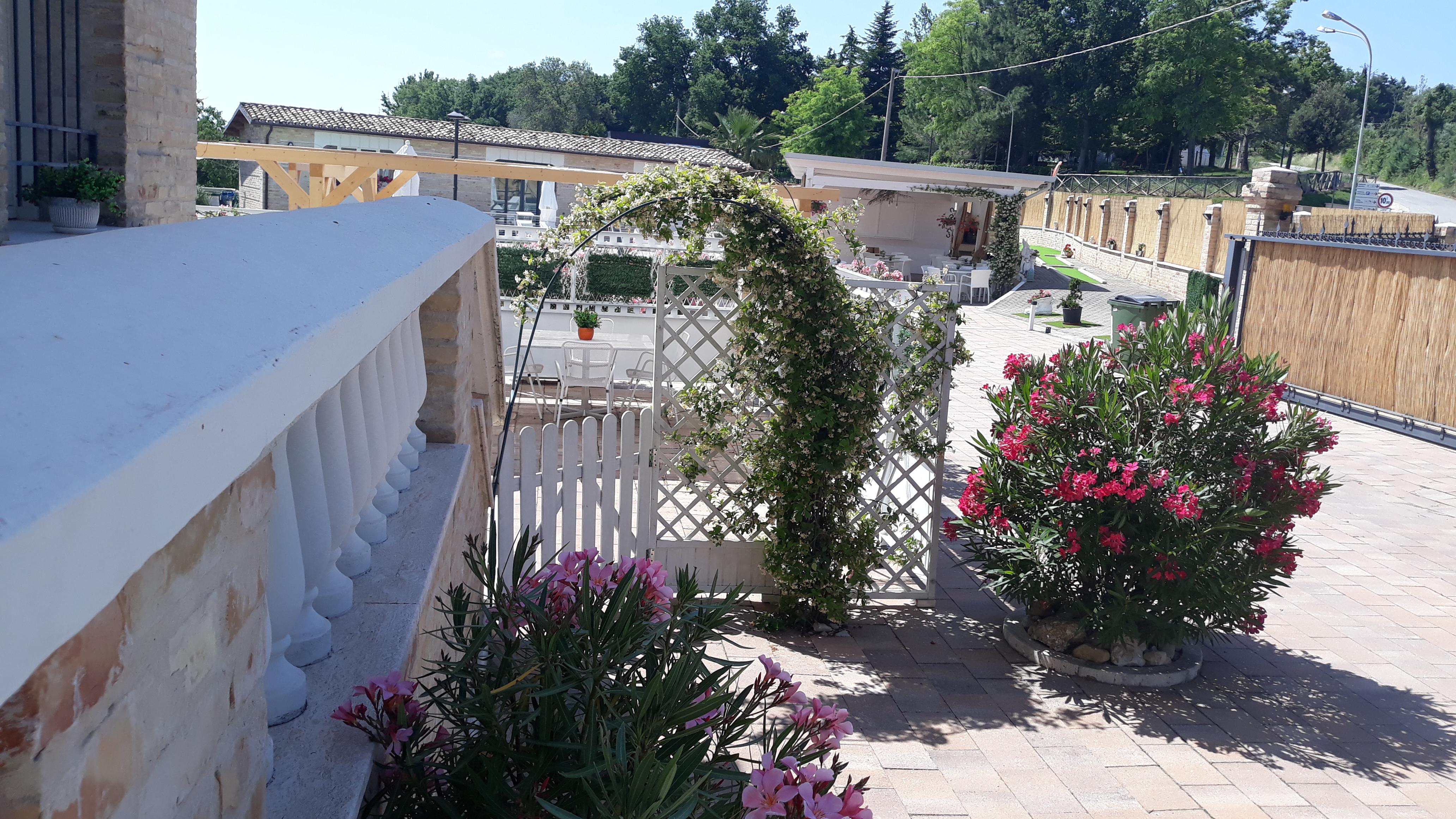 Appartamento piano terra con patio esterno - Villa Contessina